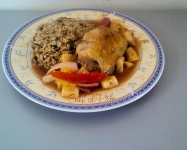 Arroz chaufa con pollo y salsa agridulce