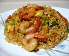 arroz chaufa con mariscos
