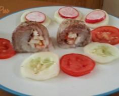 rollitos de merluza con  mariscos y ensalada fresca 7