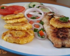 filetes de pescado a la plancha con patacones 2