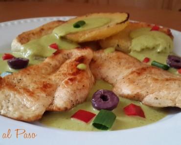 pechugas de pollo  con crema de ocopa y papas fritas 2