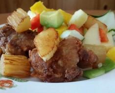 pollo desguesado con verduras y frutas de la estación 3