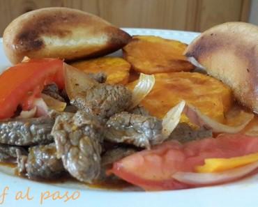 carne al jugo con camotes y pan dorado 3