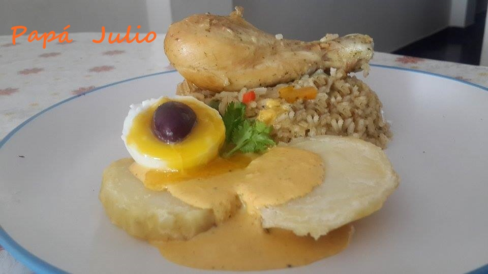 pollo con papa  a la huancaina 2