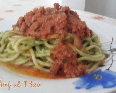 Tallarines verdes con salsa de carne 3