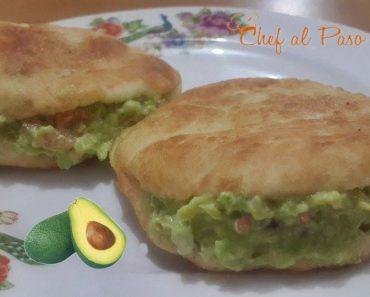 arepas rellenas de guacamole 6