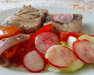 comida para Diabeticos Bonito al horno con ensalada 3