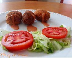 nuggets-de-pollo-con-salsa-rosa-y-ensalada-2