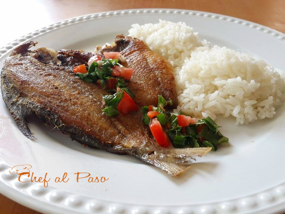 pescadito-frito-con-chimichurri-y-arroz-2