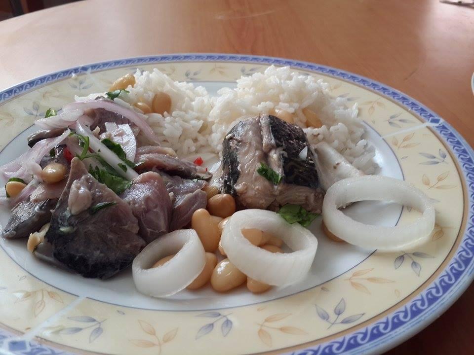 encebichado-de-caballa-con-arroz-blanco