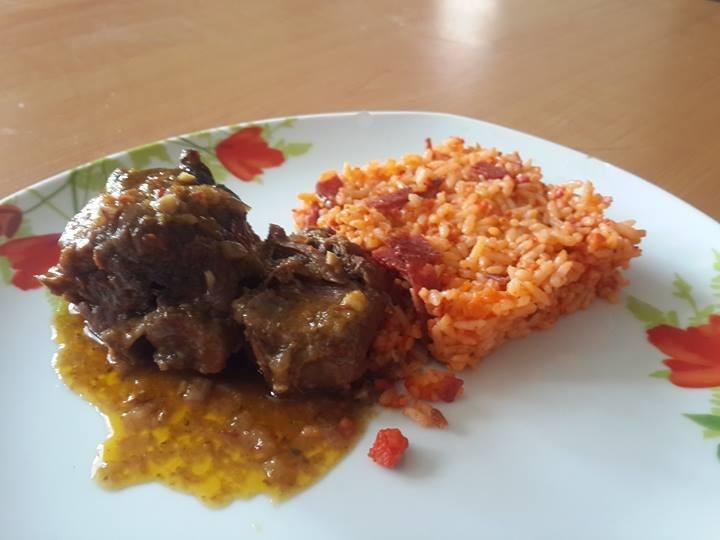 guiso de cordero con arroz de salchicha española 3